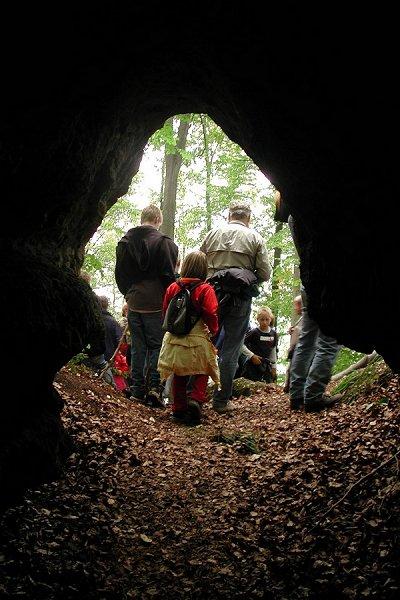 Eingang des Backofenloch auf dem Großen Wartberg