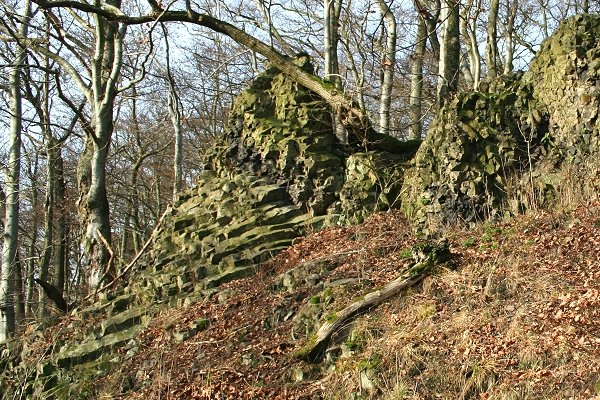 Basalt-Säulen am Herrenstein bei Winterstein