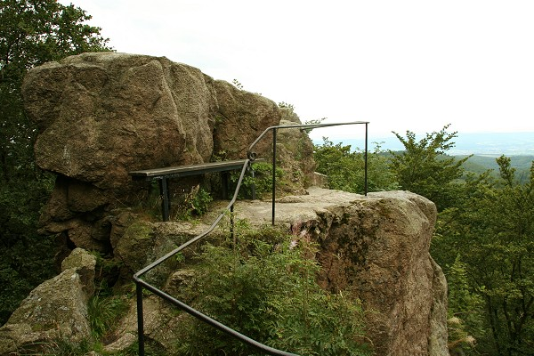 Aussichtspunkt am Gerberstein am Rennsteig bei Ruhla und Steinbach