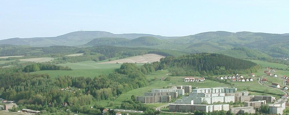 Blick vom Kleinen Hörselberg zum Inselsberg