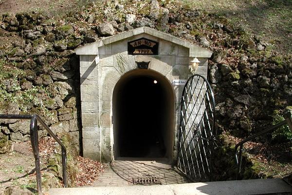 Altensteiner Höhle in Schweina